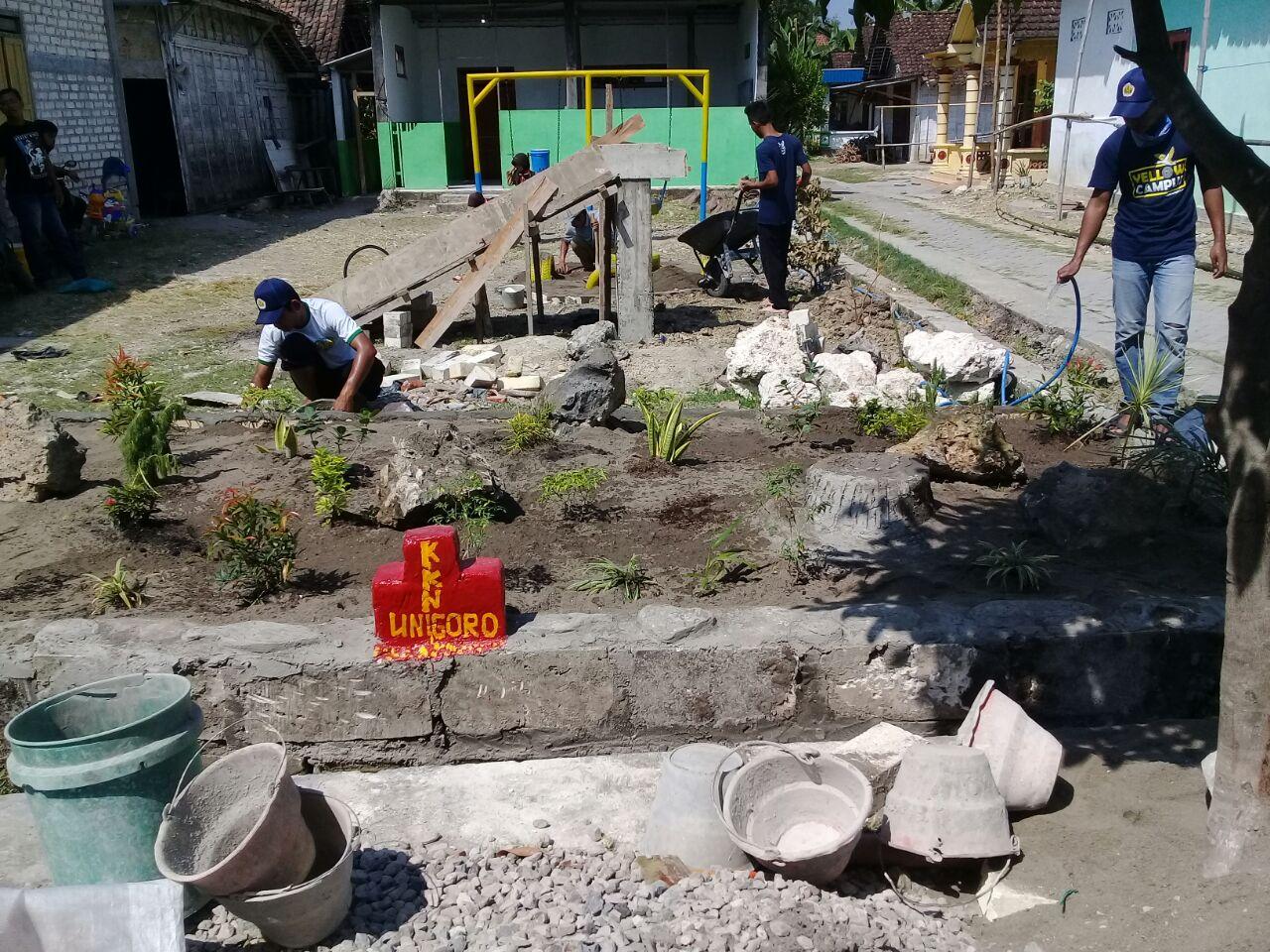Taman bermain anak utk mewujudkan Deda Tegalkodo Ramah Anak karya kelompok 6